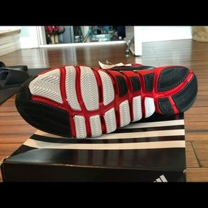 new arrivals af800 d9742 adidas Shoes - AS SMU adipure Crazyquick